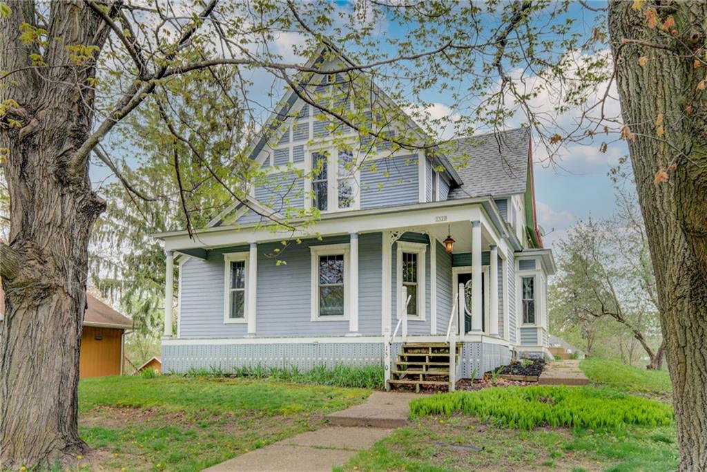 1520 1st Avenue Property Photo