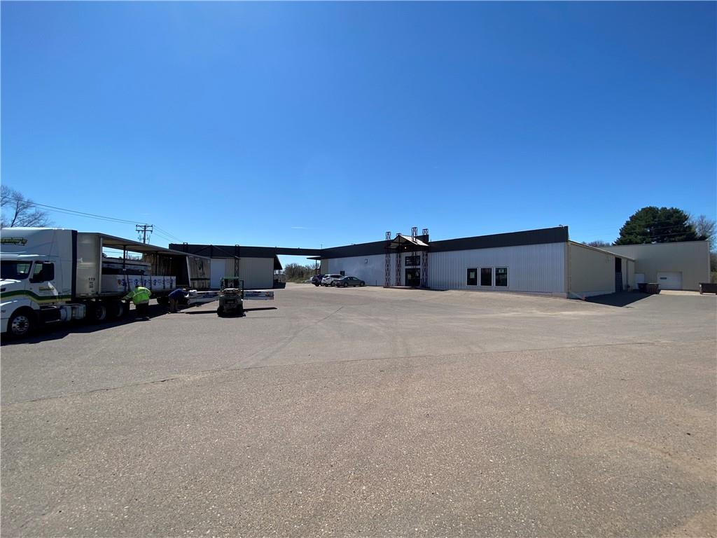 601 Main Street Property Photo - Bloomer, WI real estate listing