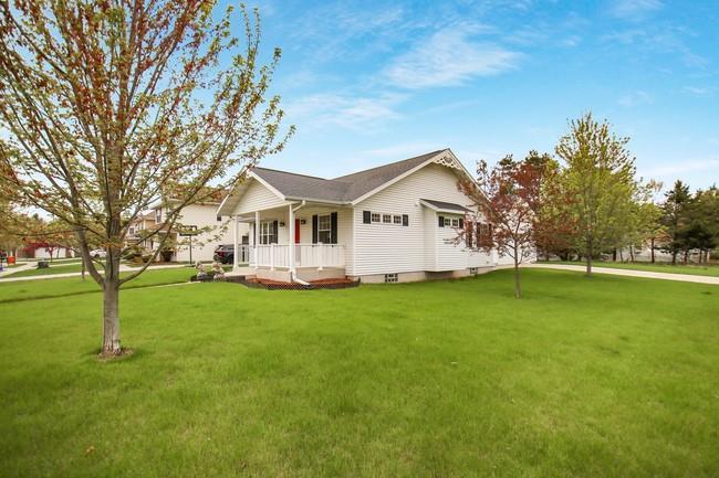 2504 Cottagewood Lane Property Photo