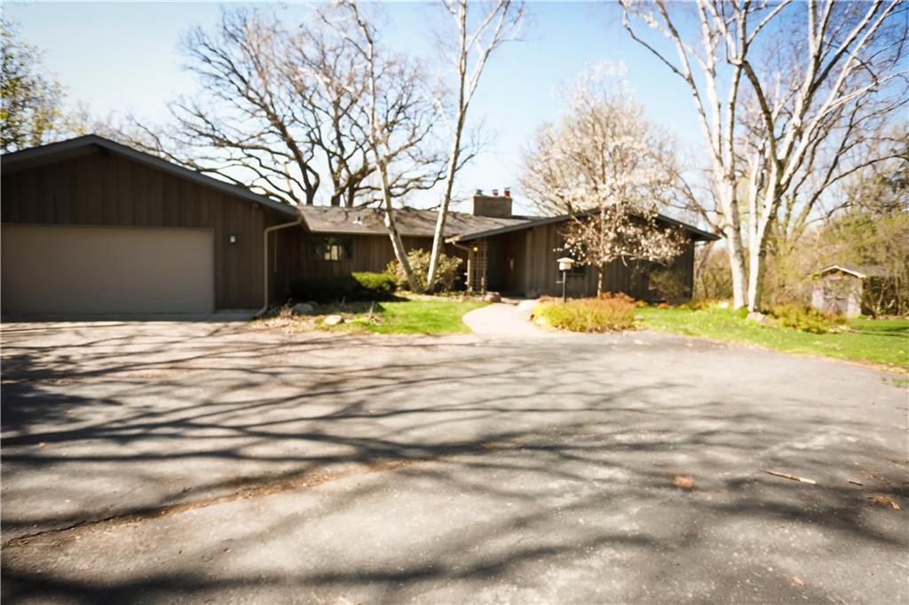 1046 Southfork Drive Property Photo 1