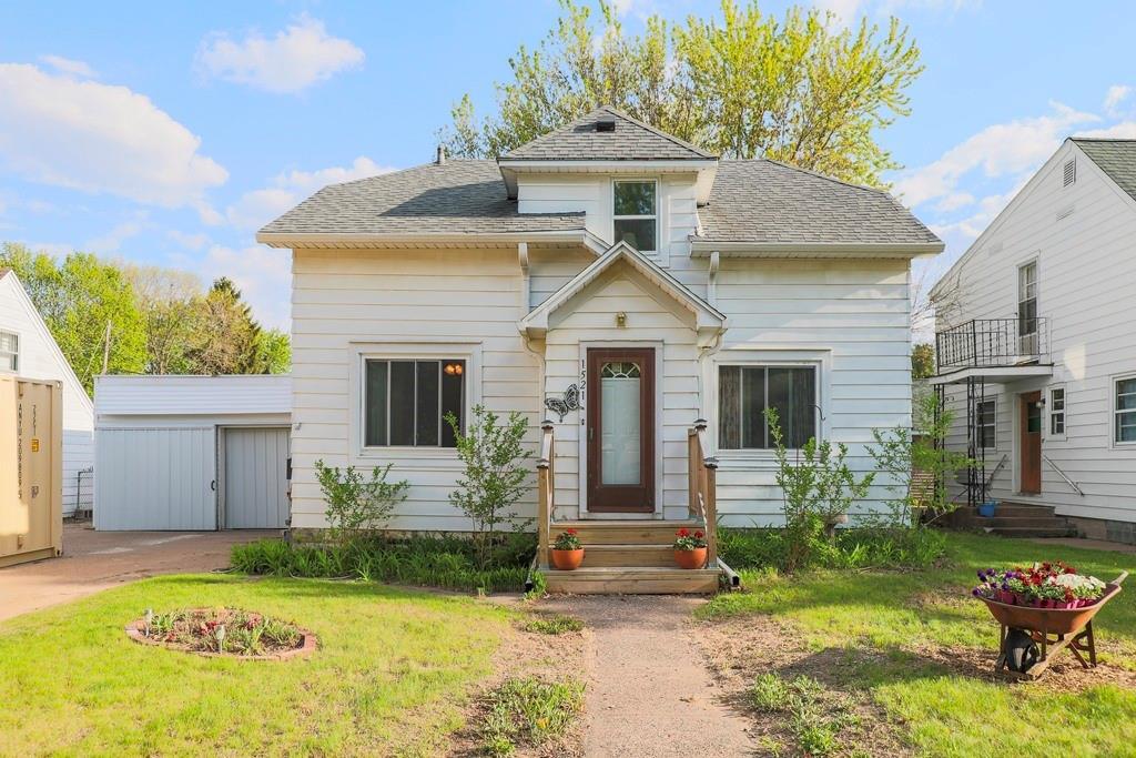 1521 Fenwick Avenue Property Photo