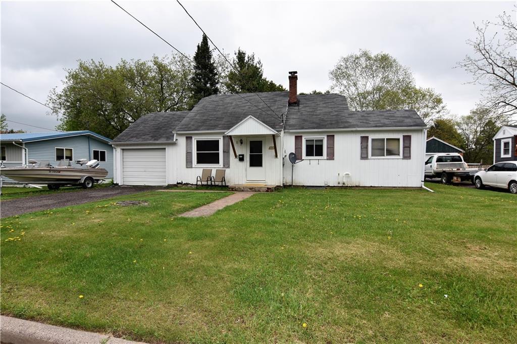 511 E 9th Street S Property Photo