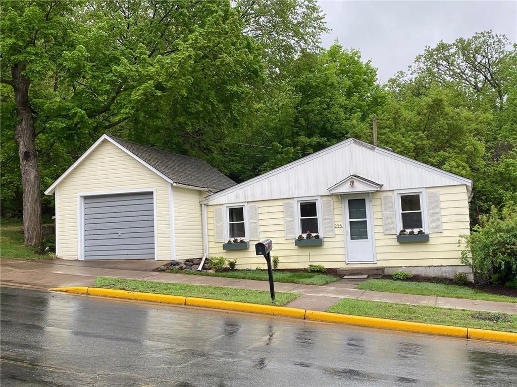 235 Louisiana Street Property Photo