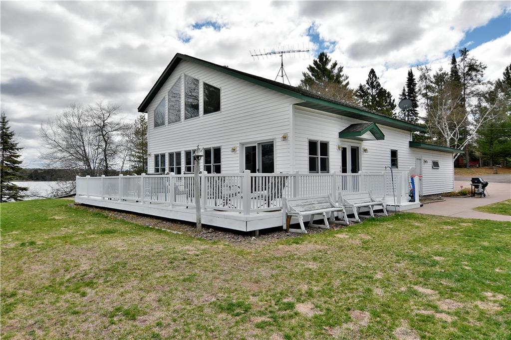 12576 N White Pine Drive N Property Photo