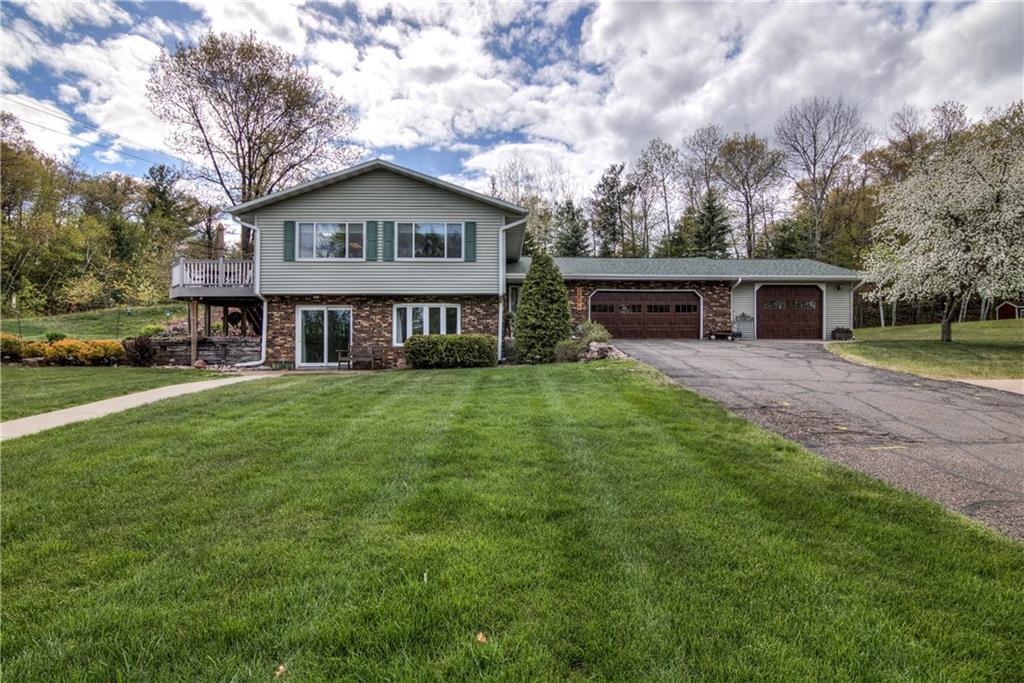 2204 Hillside Drive Property Photo