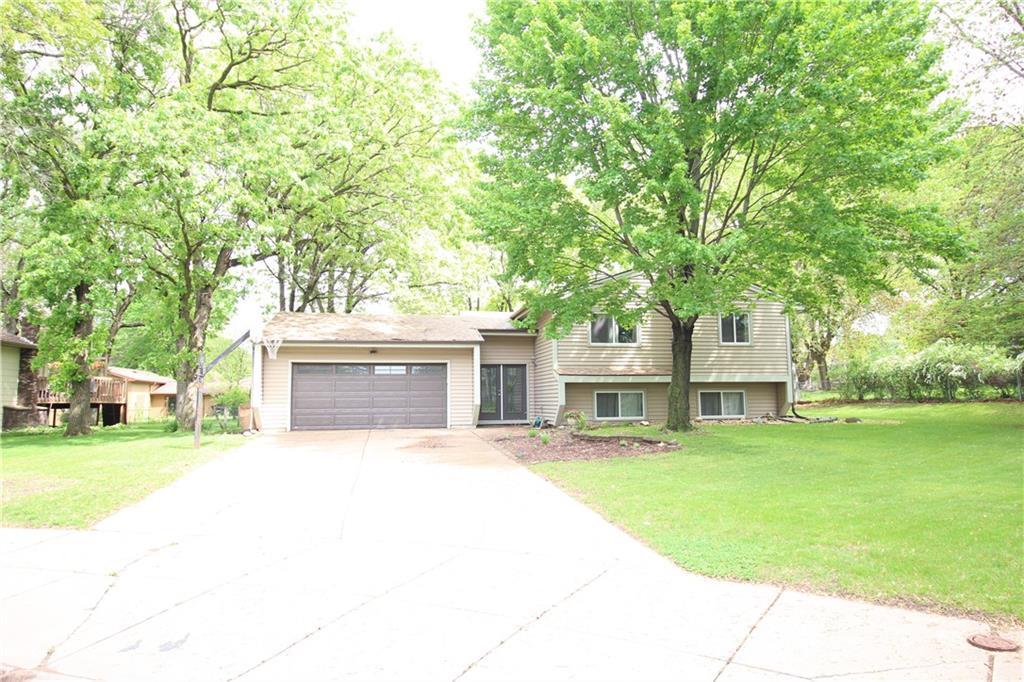 1432 Barry Avenue Property Photo 1