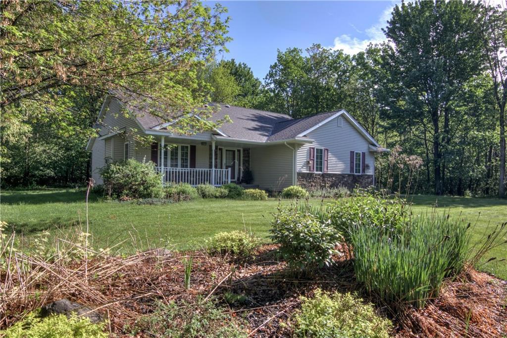 Lakewood Manor Real Estate Listings Main Image