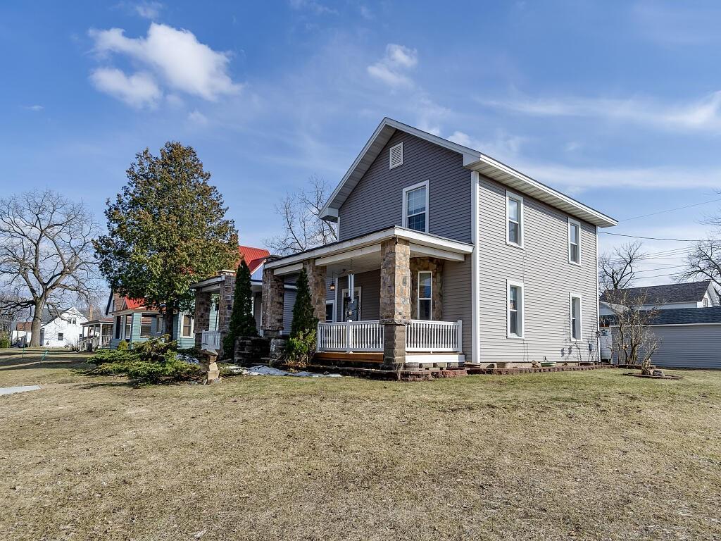 307 E Lincoln Street Property Photo