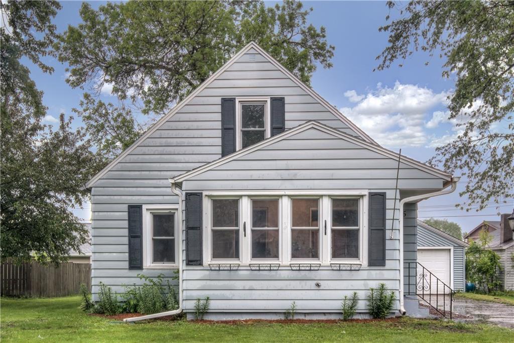 145 W Hawthorn Street Property Photo