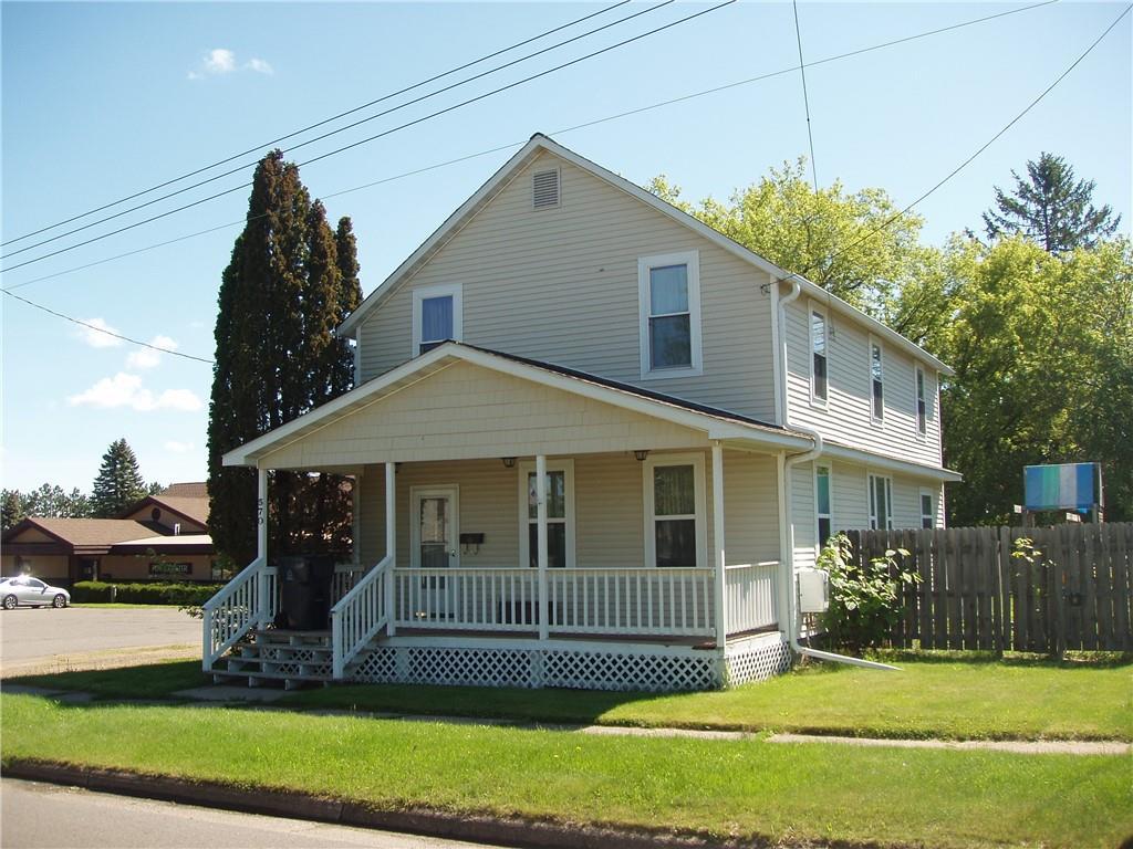 570 2nd Avenue N Property Photo