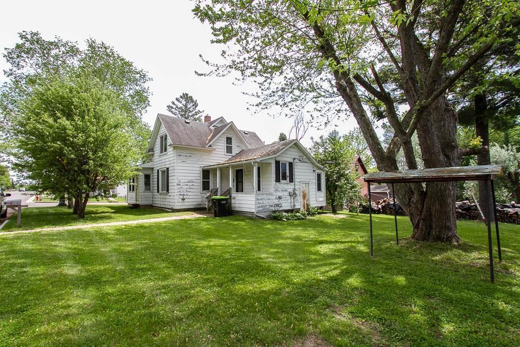 304 E Oak Street Property Photo