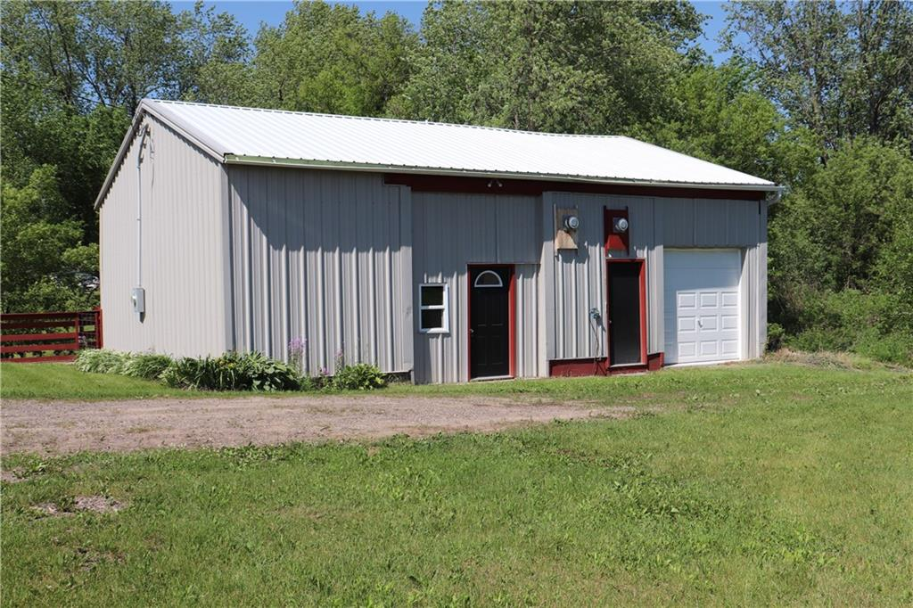 N10434 County Rd G Property Photo