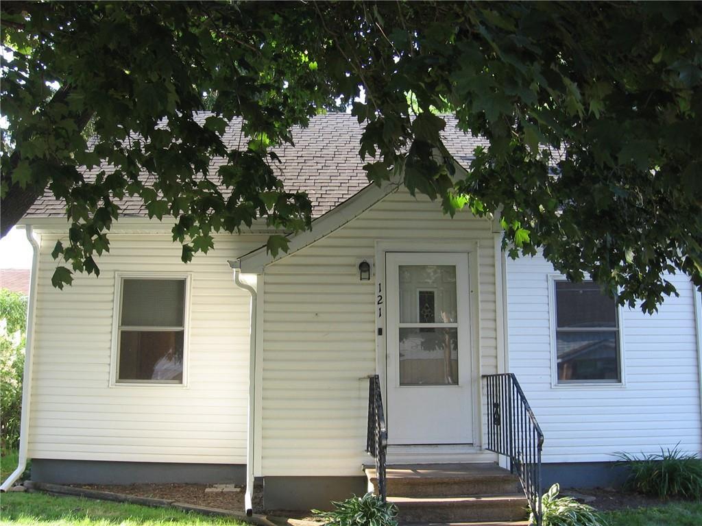 121 W Washington Avenue Property Photo
