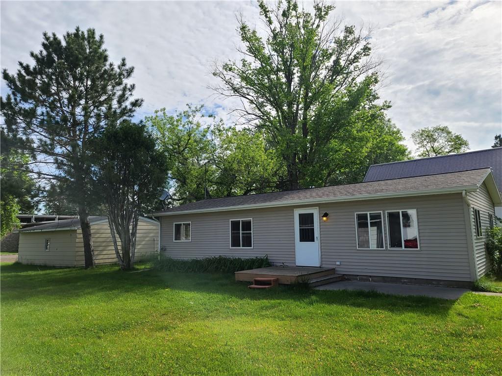 7438 Birch Street W Property Photo