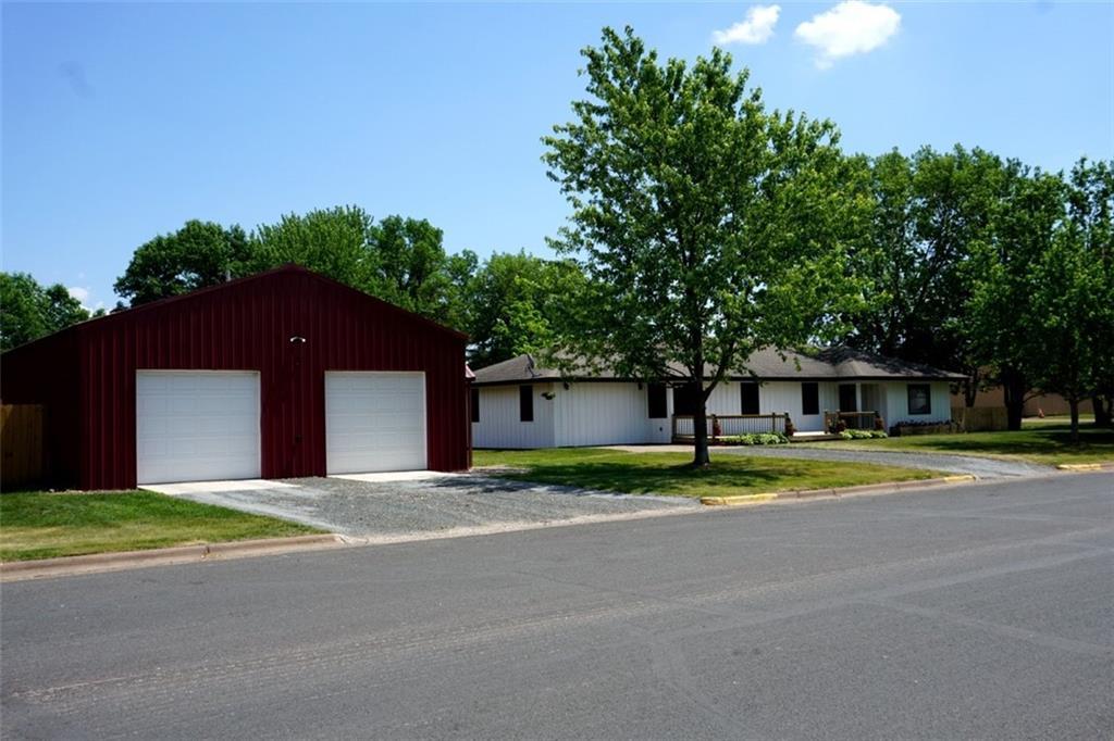 26410 Sturgeon Avenue S Property Photo
