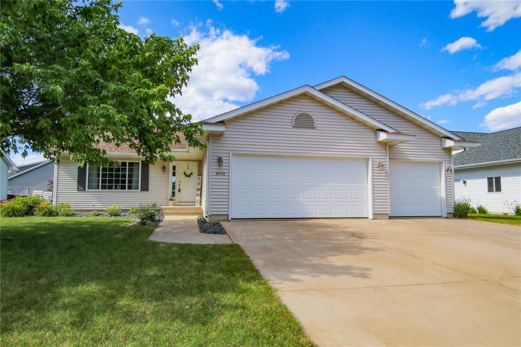 4330 Springfield Drive Property Photo 1