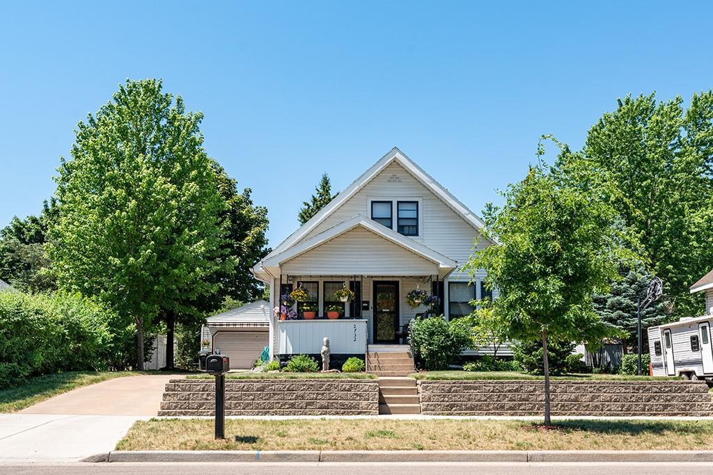 2732 4th Street Property Photo 1