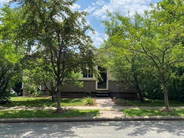 421 E Oak Street Property Photo