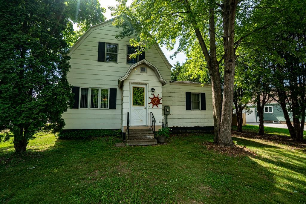 221 Fuller Street Property Photo