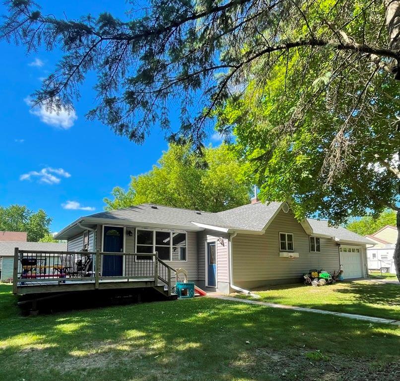 209 W Bering Street Property Photo