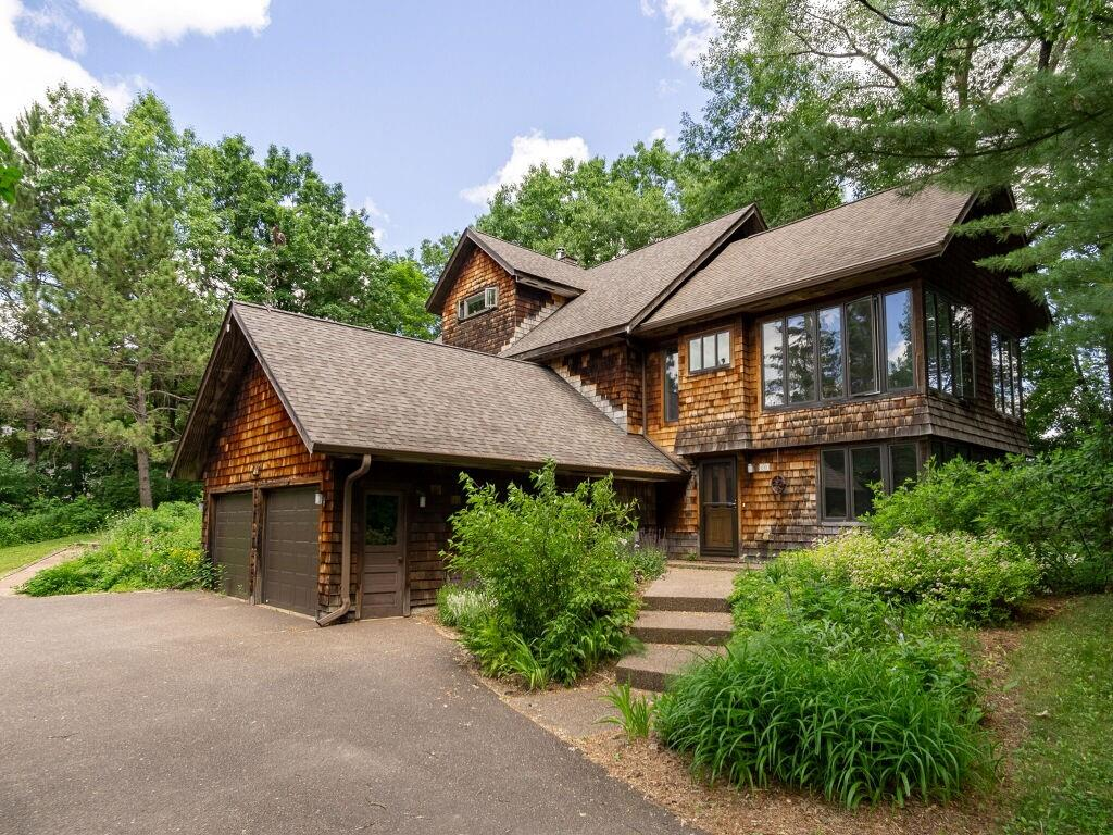 619 Grand View Heights Court Property Photo