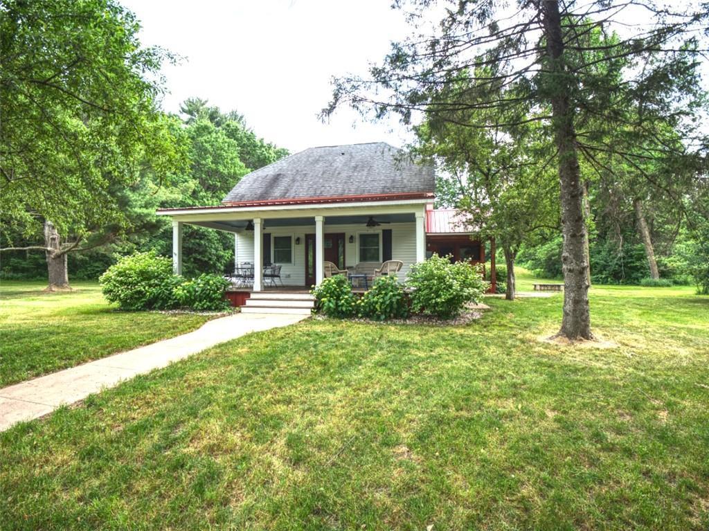 E4486 290th Avenue Property Photo
