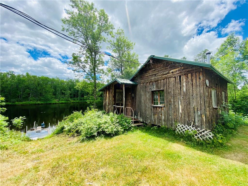 8815 W River Road Property Photo