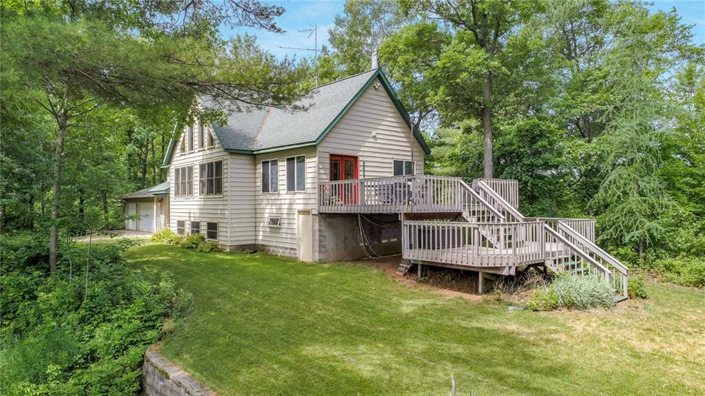 W15167 Lake Four Drive Property Photo 1