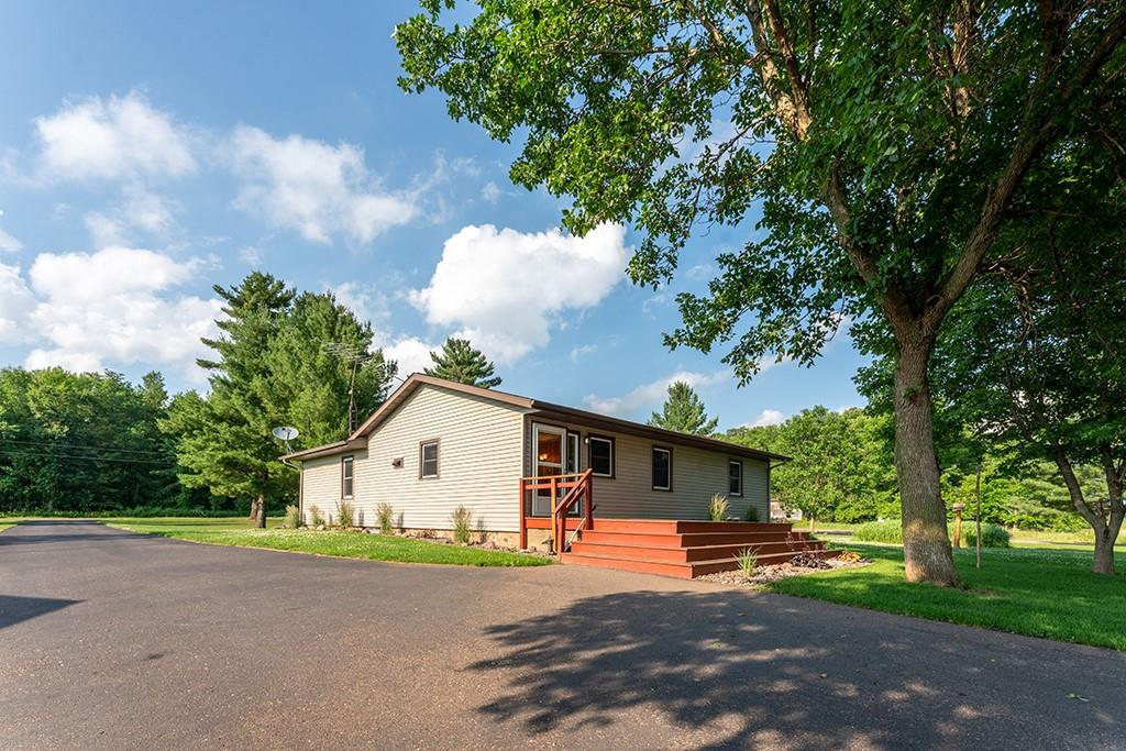 26979 County Hwy O Property Photo 1