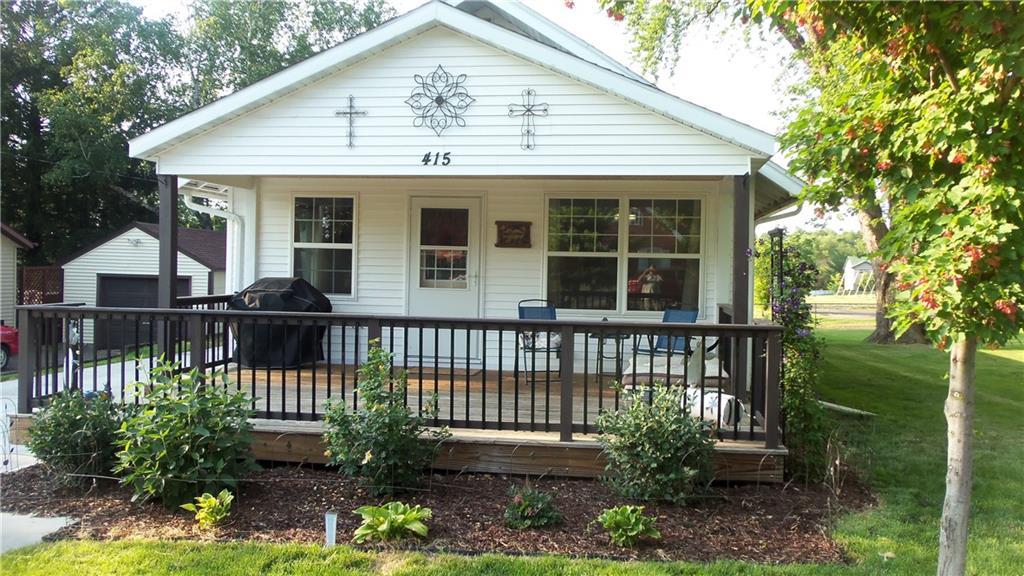 415 E Maple Street Property Photo 1