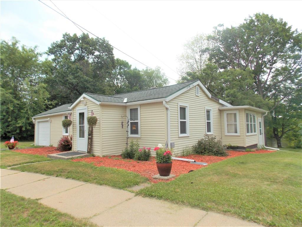 511 Hatten Avenue Property Photo 1
