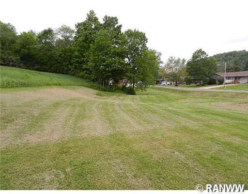 3 Acres Cherry Avenue Property Photo