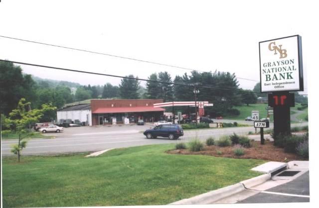 809 E Main Street Property Photo 1
