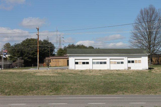 Tr.40-44 Porterfield Highway Property Photo