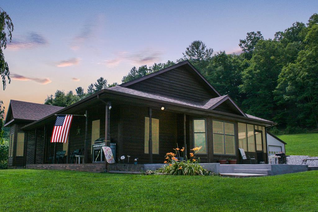 6441 Stoney Fork Road Property Photo