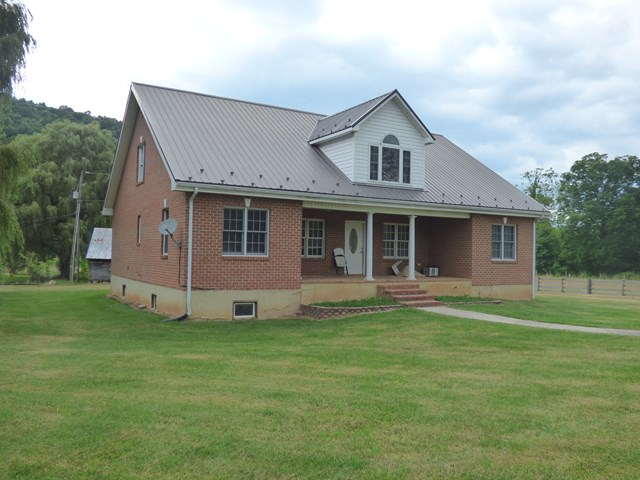 2122 Dry Road Property Photo