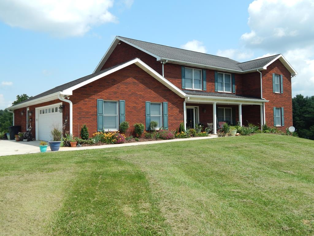 311 Country Club Property Photo 1