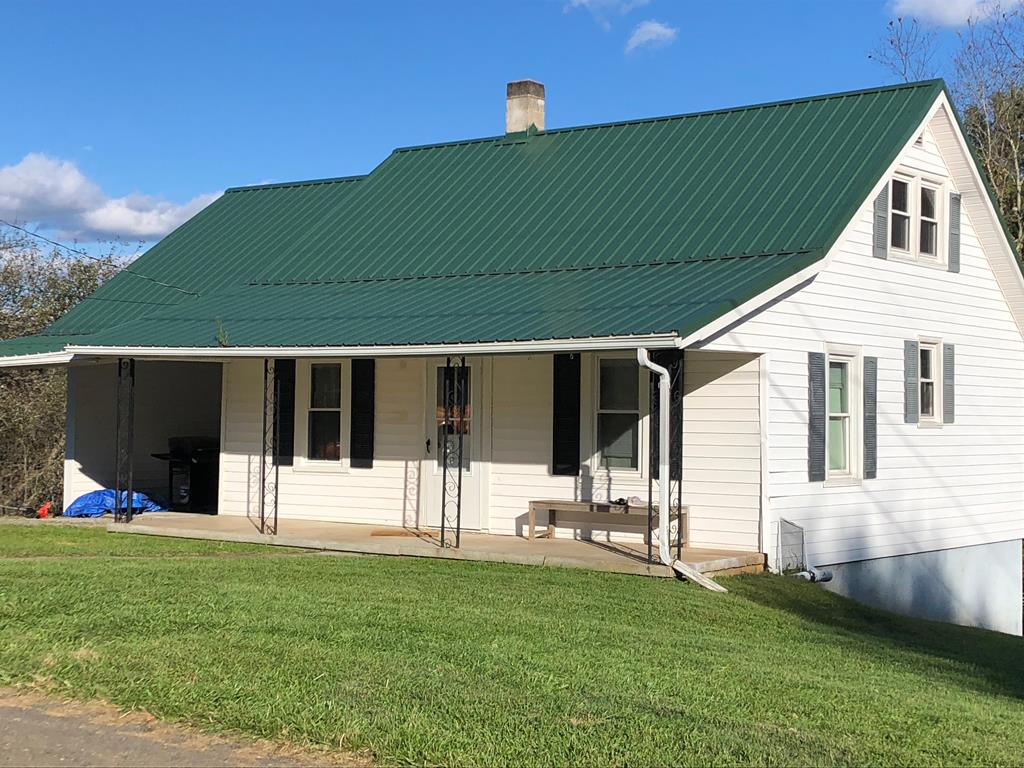 201 Ernie Pyle St Property Photo