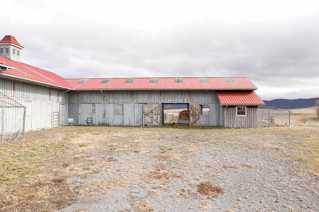 1420 Gose Mill Road Property Photo 10