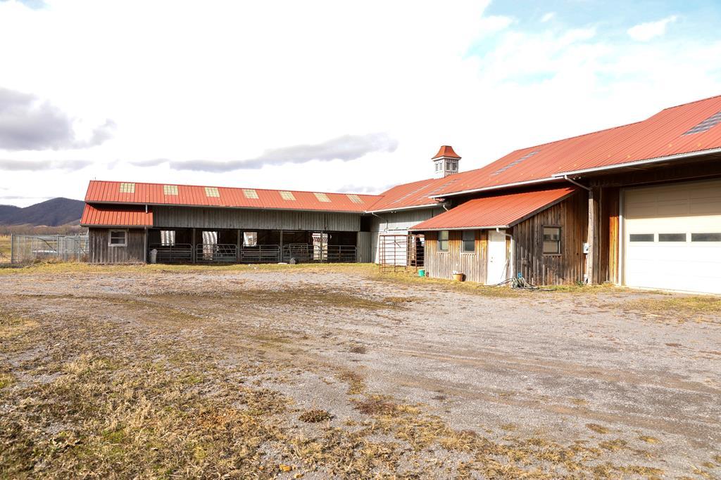 1420 Gose Mill Road Property Photo 12