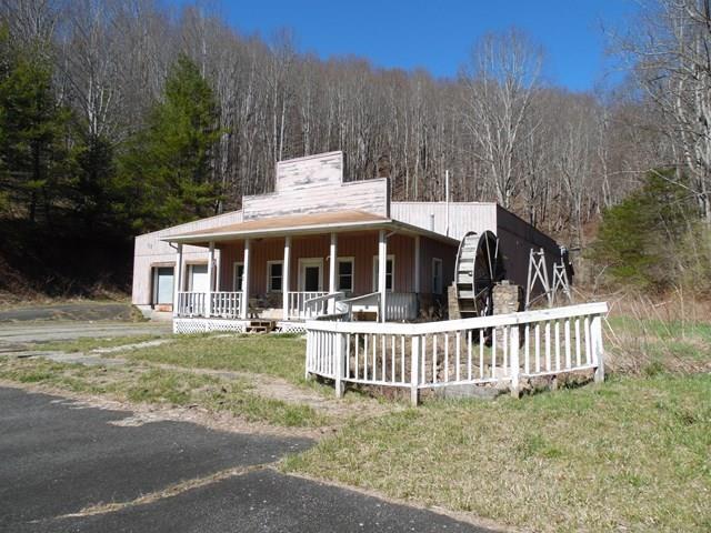 3122 Elk Creek Parkway Property Photo