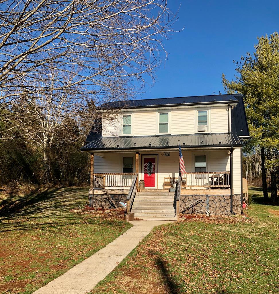2576 Huddle Rd Property Photo 1