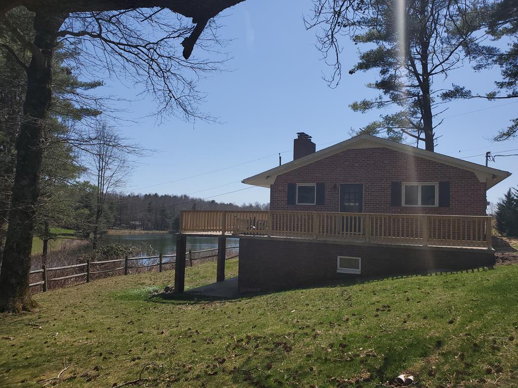 373 Skyland Lakes Drive Property Photo 1