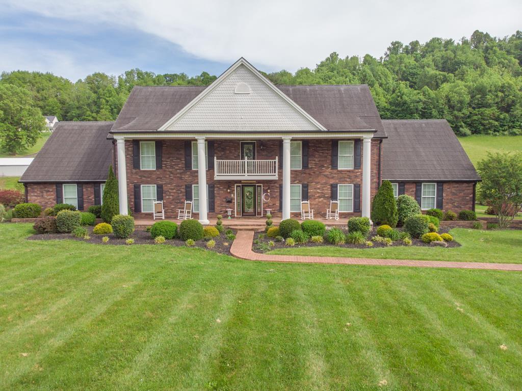 4686 Baptist Valley Road Property Photo