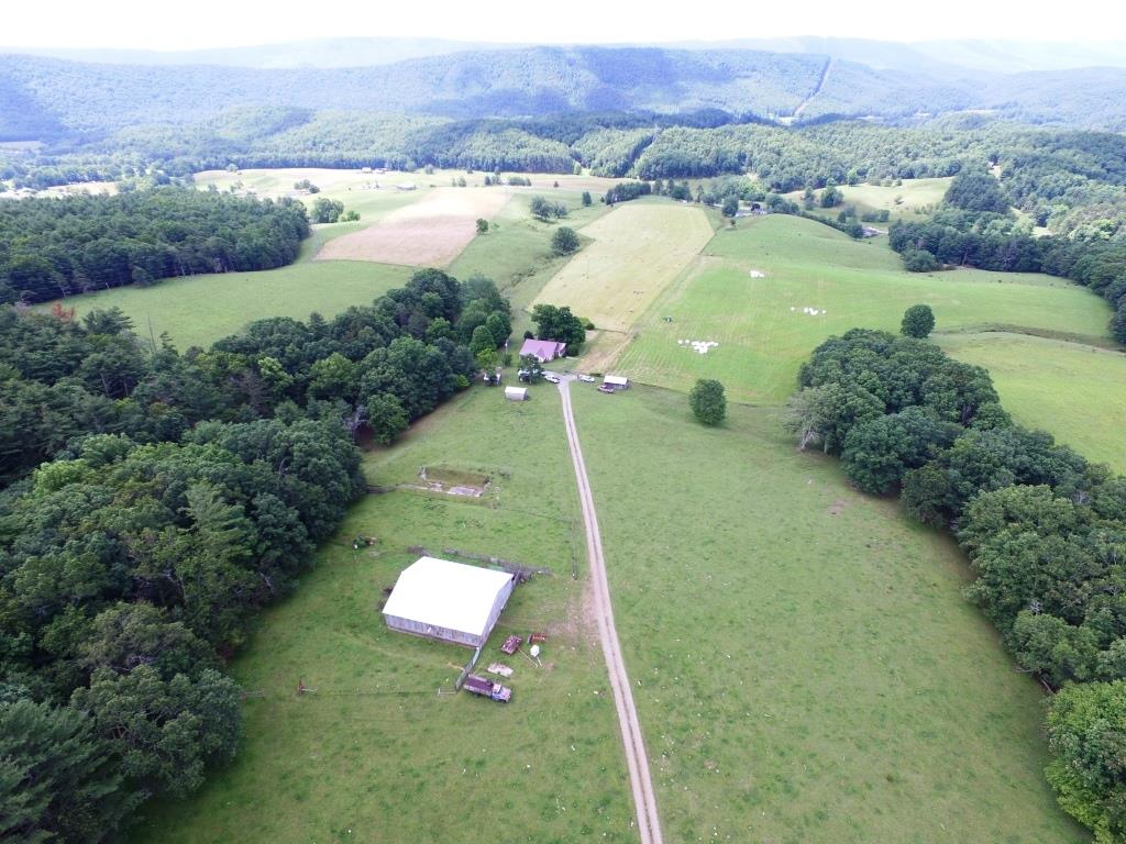 636 Flat Top Rd Property Photo