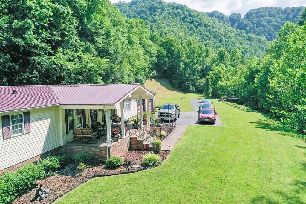 2288 Looney's Creek Road Property Photo