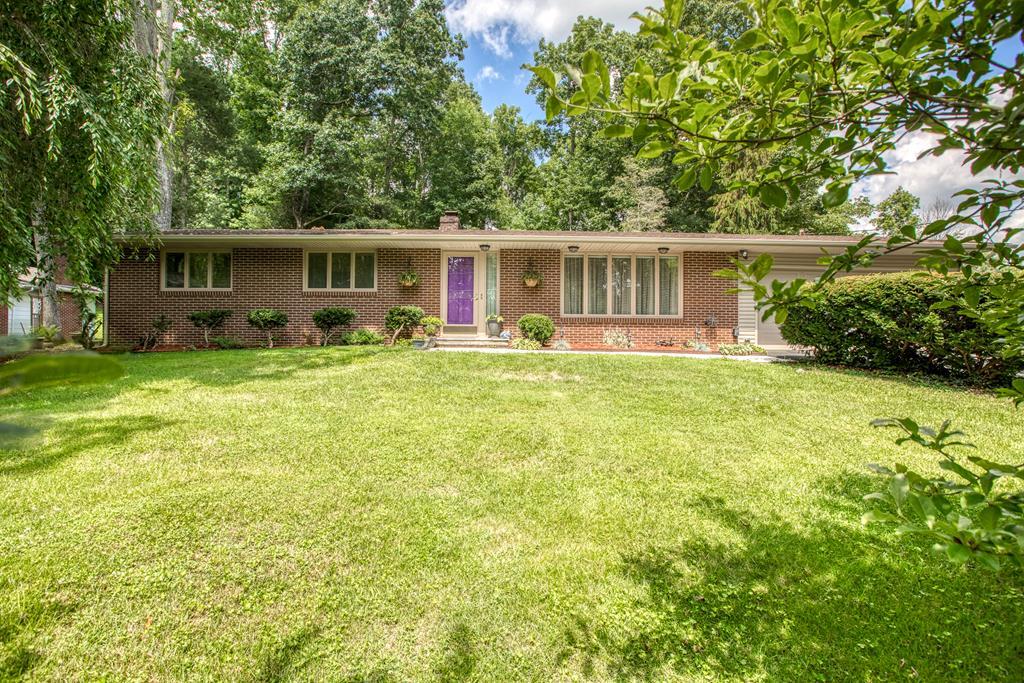 729 Hickory Lane Property Photo