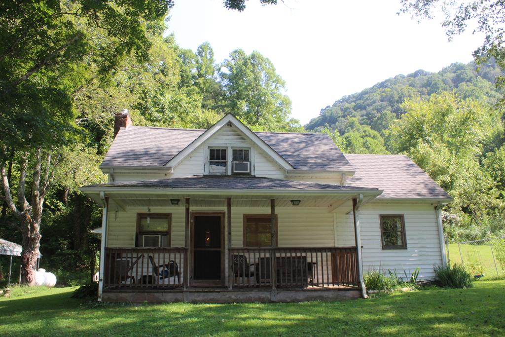 18191 Phillips Road Property Photo