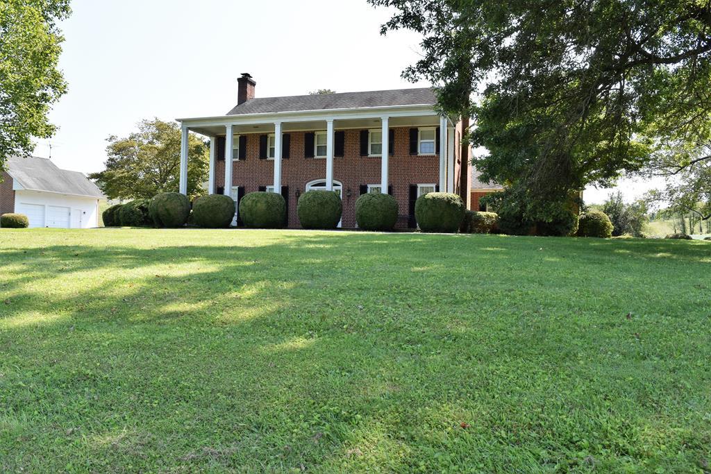 241 Old Baywood Rd Property Photo