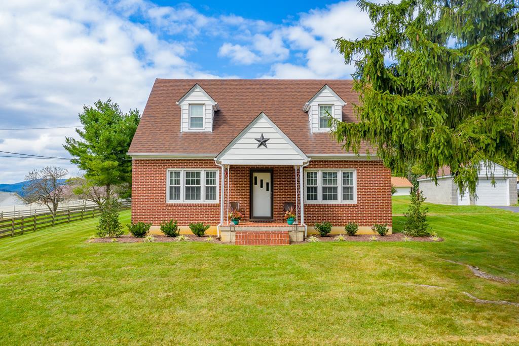 330 Dogwood Drive Property Photo